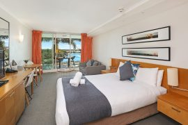 Pelican Waters Resort Studio Queen