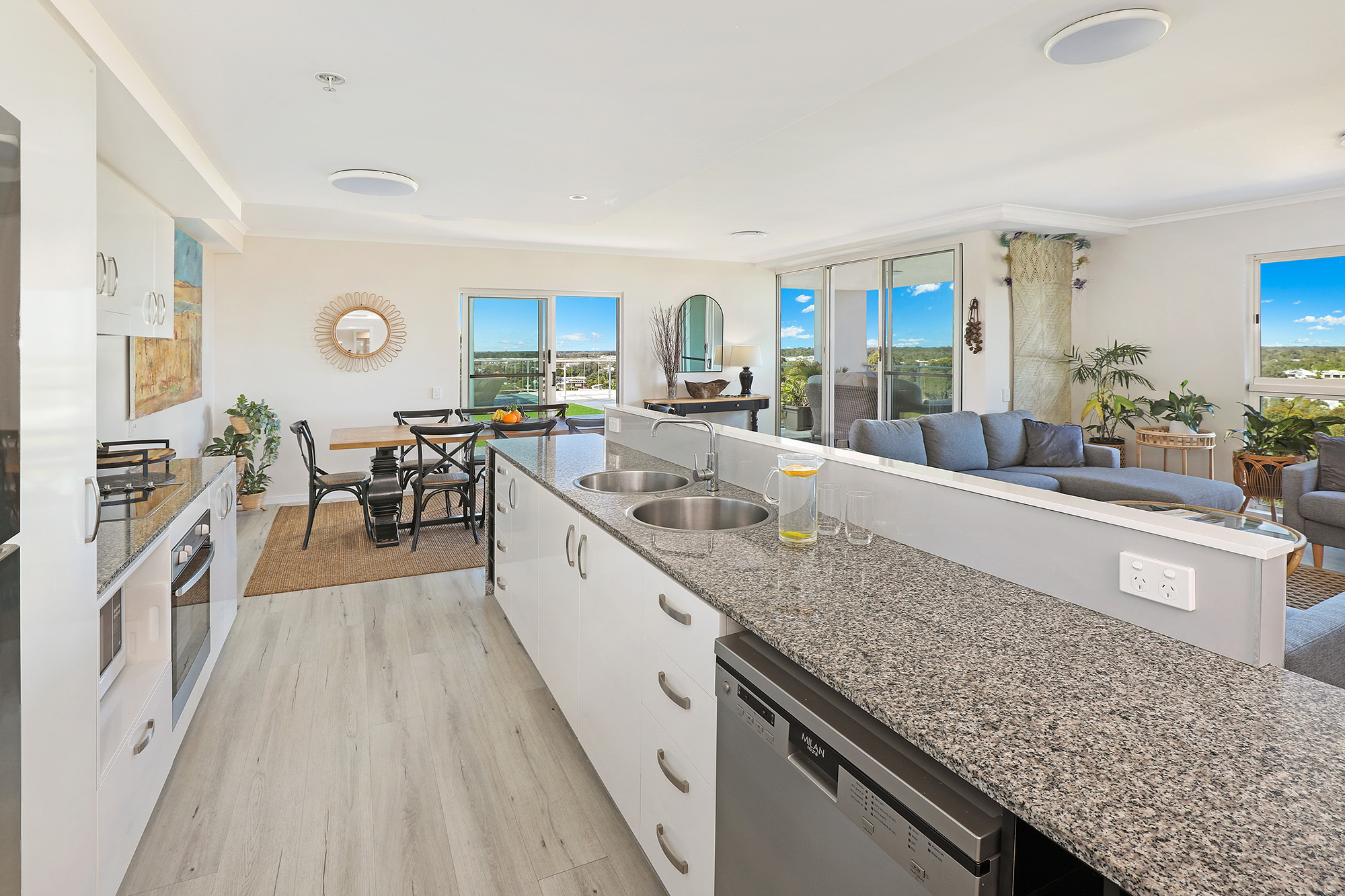 3 Bed Sub-Penthouse Kitchen