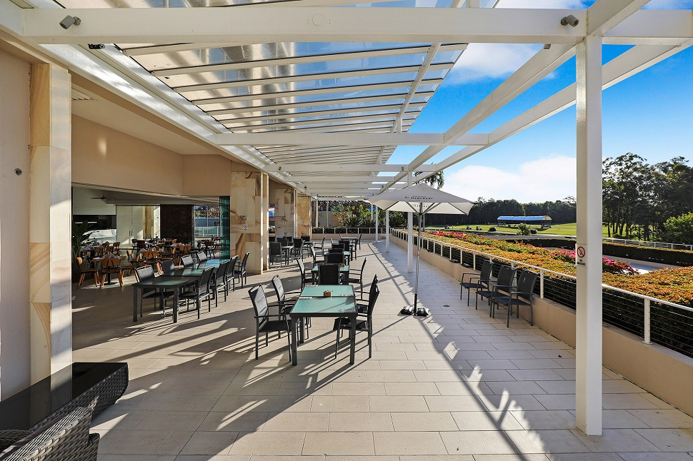 Pelican Waters Resort Restaurant Terrace
